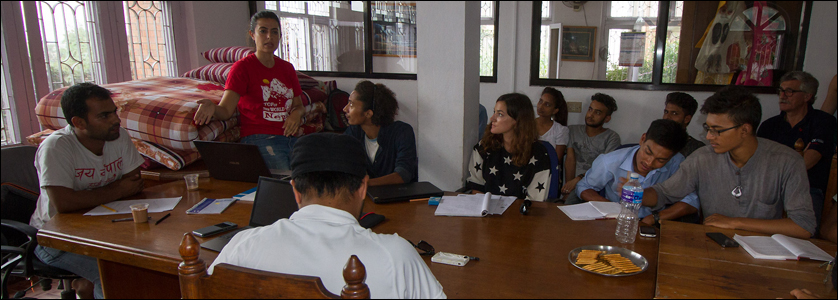 Jay Nepal Action Volunteers e Navyo Nepal Discover Asia - assieme aiutare al Nepal terremotato